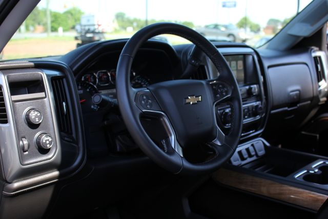 2015 Chevrolet Silverado 1500 LTZ Crew Cab 4x4 - SUNROOF - HEATED LEATHER! Mooresville , NC 17
