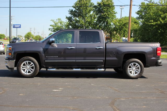 2015 Chevrolet Silverado 1500 LTZ Crew Cab 4x4 - SUNROOF - HEATED LEATHER! Mooresville , NC 3
