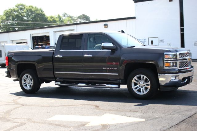 2015 Chevrolet Silverado 1500 LTZ Crew Cab 4x4 - SUNROOF - HEATED LEATHER! Mooresville , NC 9