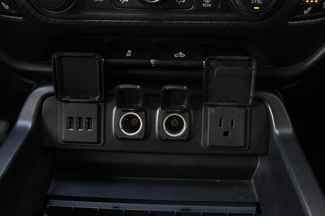 2015 Chevrolet Silverado 1500 LTZ-ROCKY RIDGE EDITION!! Mooresville , NC 17