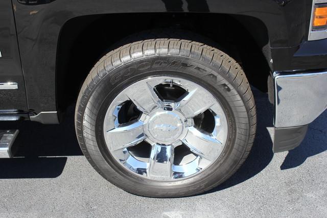 2015 Chevrolet Silverado 1500 LTZ PLUS Crew Cab 4x4 - NAVIGATION - 6.2L V8! Mooresville , NC 37