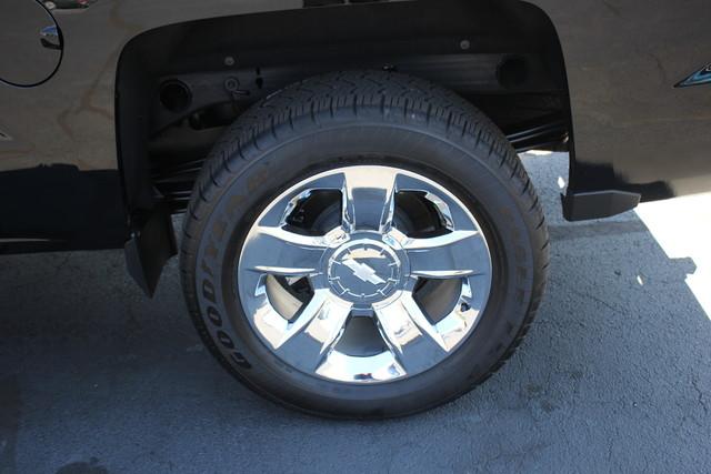 2015 Chevrolet Silverado 1500 LTZ PLUS Crew Cab 4x4 - NAVIGATION - 6.2L V8! Mooresville , NC 16