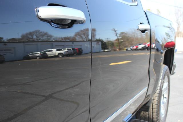 2015 Chevrolet Silverado 1500 LTZ PLUS Crew Cab 4x4 - NAVIGATION - 6.2L V8! Mooresville , NC 25