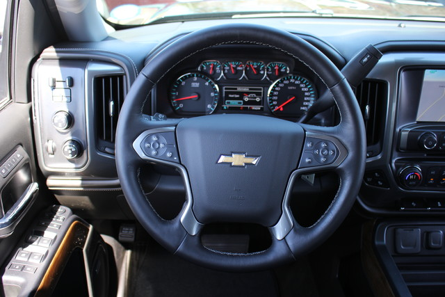 2015 Chevrolet Silverado 1500 LTZ PLUS Crew Cab 4x4 - NAVIGATION - 6.2L V8! Mooresville , NC 2
