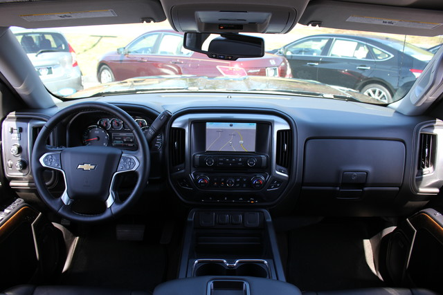 2015 Chevrolet Silverado 1500 LTZ PLUS Crew Cab 4x4 - NAVIGATION - 6.2L V8! Mooresville , NC 43