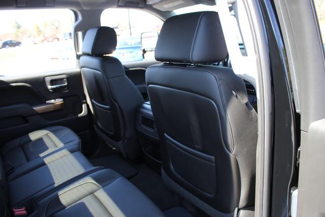 2015 Chevrolet Silverado 1500 LTZ PLUS Crew Cab 4x4 - NAVIGATION - 6.2L V8! Mooresville , NC 63