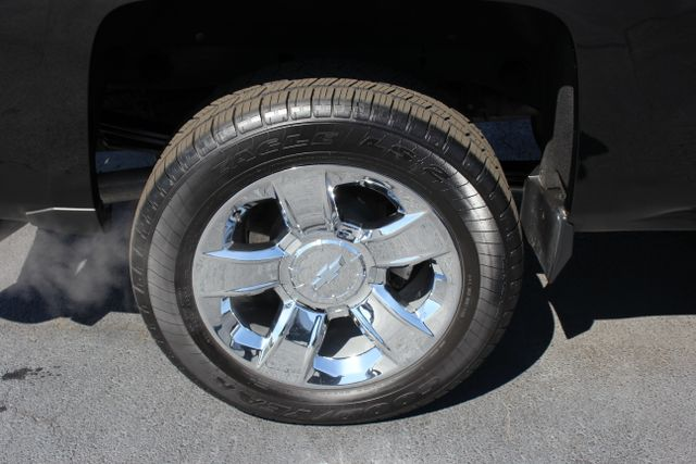 2015 Chevrolet Silverado 1500 LTZ PLUS Crew Cab 4x4 - NAVIGATION - 6.2L V8! Mooresville , NC 38