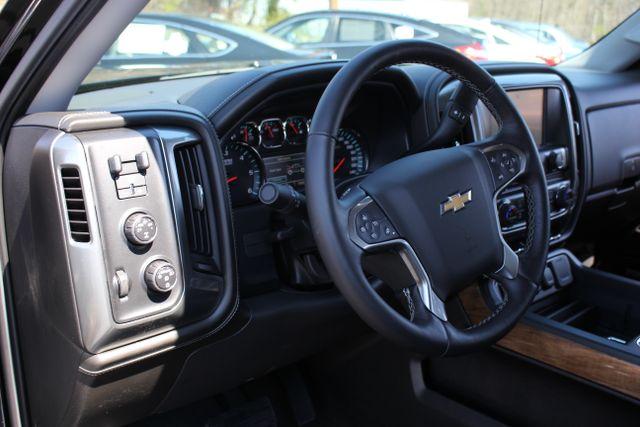 2015 Chevrolet Silverado 1500 LTZ PLUS Crew Cab 4x4 - NAVIGATION - 6.2L V8! Mooresville , NC 44