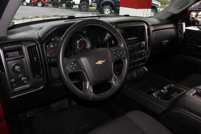 2015 Chevrolet Silverado 1500 LT PLUS Crew Cab 4x4 - HEATED BUCKET SEATS! Mooresville , NC 26