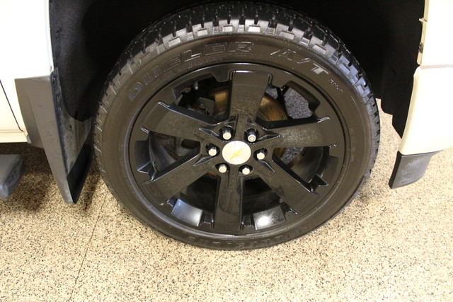 2015 Chevrolet Silverado 1500 LTZ Roscoe, Illinois 32