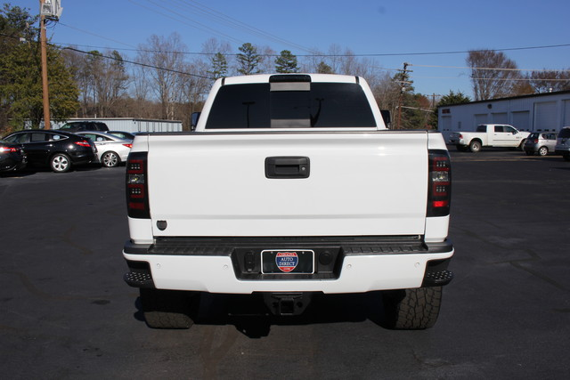2015 Chevrolet Silverado 2500HD High Country Crew Cab 4x4 - LIFTED! Mooresville , NC 5