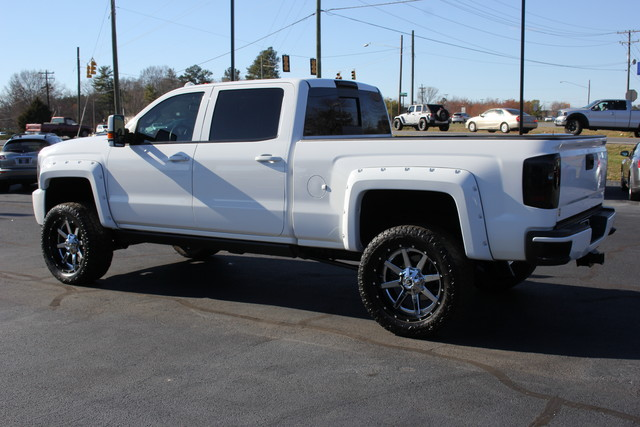 2015 Chevrolet Silverado 2500HD High Country Crew Cab 4x4 - LIFTED! Mooresville , NC 4