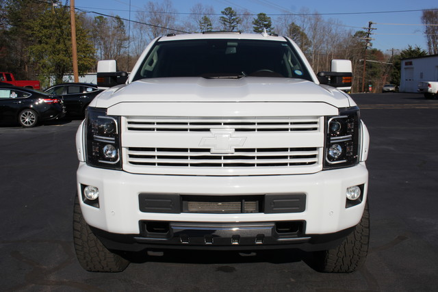2015 Chevrolet Silverado 2500HD High Country Crew Cab 4x4 - LIFTED! Mooresville , NC 1