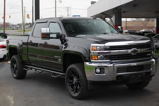 2015 Chevrolet Silverado 2500HD Built After Aug 14 LT Crew Cab 4x4 Z71 - LIFTED - LOT$ OF EXTRA$! Mooresville , NC 22