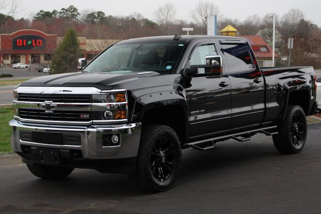2015 Chevrolet Silverado 2500HD Built After Aug 14 LT Crew Cab 4x4 Z71 - LIFTED - LOT$ OF EXTRA$! Mooresville , NC 23