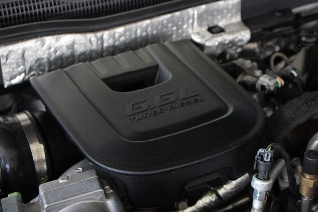 2015 Chevrolet Silverado 2500HD Built After Aug 14 LTZ PLUS Crew Cab 4x4 Z71 - NAV - SUNROOF! Mooresville , NC 45