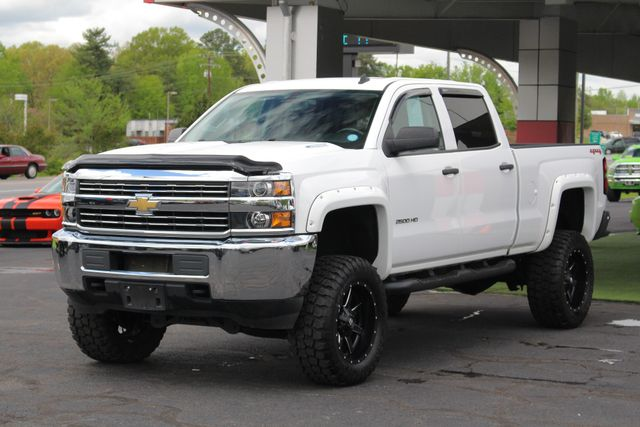 2015 Chevrolet Silverado 2500HD Built After Aug 14 LT Crew Cab 4x4 - LIFTED - LOT$ OF EXTRA$! Mooresville , NC 22