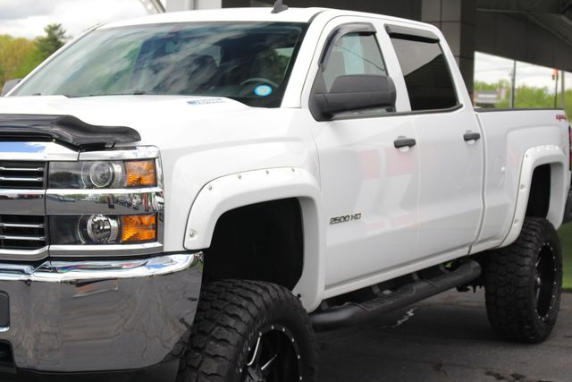 2015 Chevrolet Silverado 2500HD Built After Aug 14 LT Crew Cab 4x4 - LIFTED - LOT$ OF EXTRA$! Mooresville , NC 24