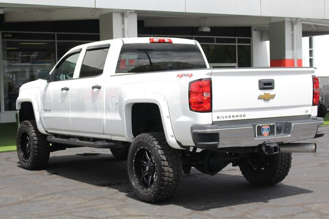 2015 Chevrolet Silverado 2500HD Built After Aug 14 LT Crew Cab 4x4 - LIFTED - LOT$ OF EXTRA$! Mooresville , NC 26