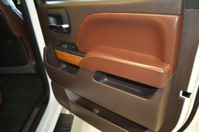 2015 Chevrolet Silverado 2500HD Diesel High Country Roscoe, Illinois 25