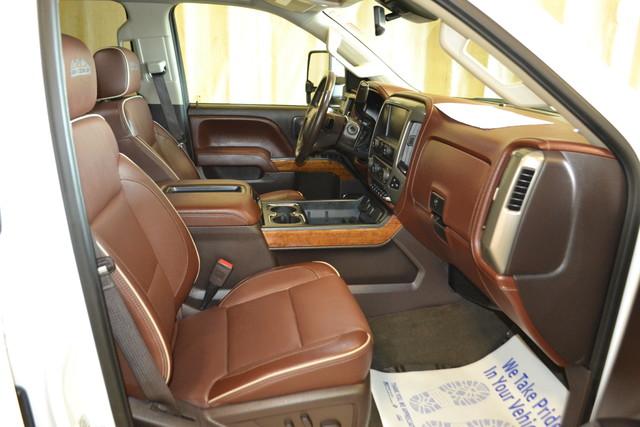 2015 Chevrolet Silverado 2500HD Diesel High Country Roscoe, Illinois 22