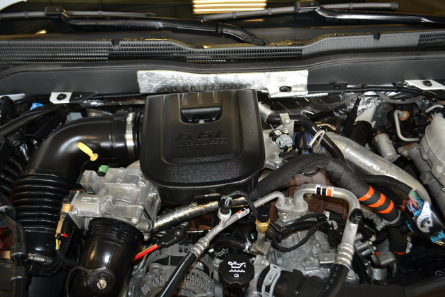 2015 Chevrolet Silverado 2500HD Diesel High Country Roscoe, Illinois 32