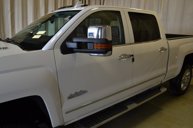 2015 Chevrolet Silverado 2500HD Diesel High Country Roscoe, Illinois 7