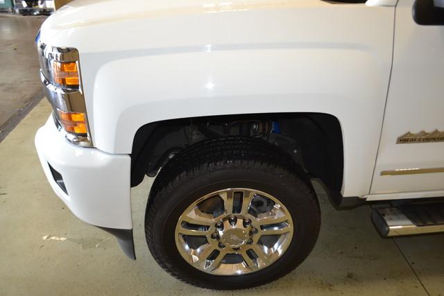 2015 Chevrolet Silverado 2500HD Diesel High Country Roscoe, Illinois 8