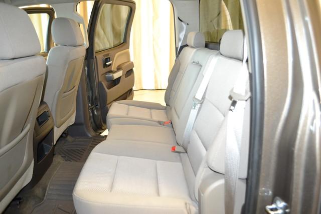 2015 Chevrolet Silverado 2500HD Built After Aug 14 LT Roscoe, Illinois 16