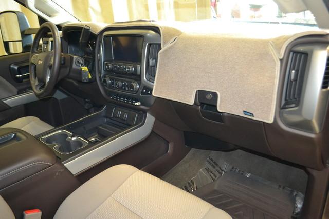 2015 Chevrolet Silverado 2500HD Built After Aug 14 LT Roscoe, Illinois 18