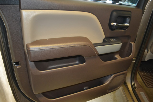 2015 Chevrolet Silverado 2500HD Built After Aug 14 LTZ Roscoe, Illinois 27