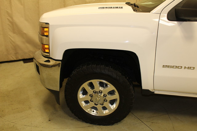 2015 Chevrolet Silverado 2500HD Built After Aug 14 LT Roscoe, Illinois 10