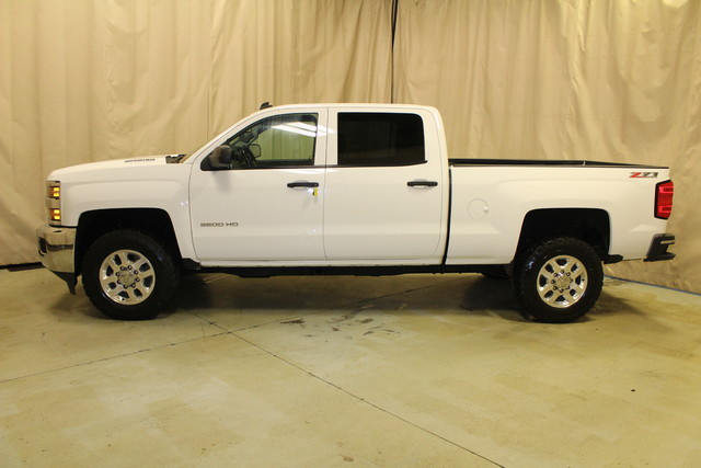 2015 Chevrolet Silverado 2500HD Built After Aug 14 LT Roscoe, Illinois 1