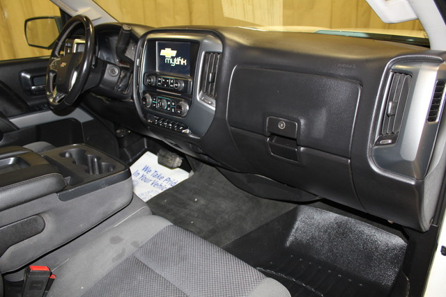 2015 Chevrolet Silverado 2500HD Built After Aug 14 LT Roscoe, Illinois 13