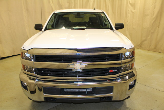 2015 Chevrolet Silverado 2500HD Built After Aug 14 LT Roscoe, Illinois 3