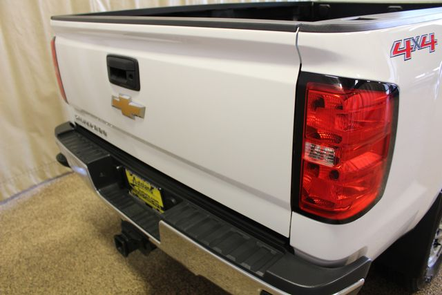 2015 Chevrolet Silverado 2500HD Long Bed Work Truck Roscoe, Illinois 4