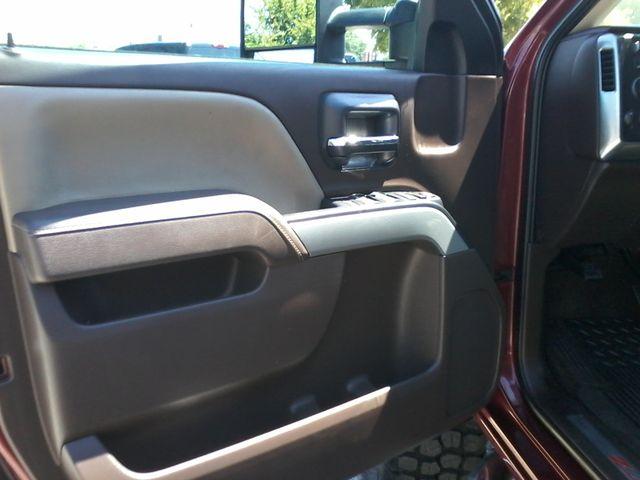 2015 Chevrolet Silverado 2500HD Built After Aug 14 LT Z71 San Antonio, Texas 18