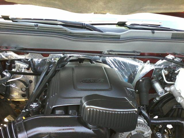 2015 Chevrolet Silverado 2500HD Built After Aug 14 LT Z71 San Antonio, Texas 32