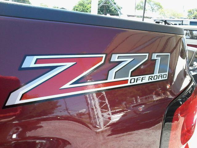 2015 Chevrolet Silverado 2500HD Built After Aug 14 LT Z71 San Antonio, Texas 10