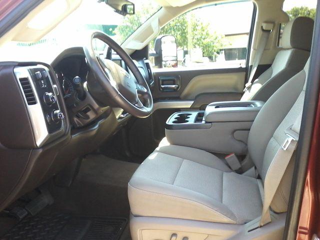 2015 Chevrolet Silverado 2500HD Built After Aug 14 LT Z71 San Antonio, Texas 12