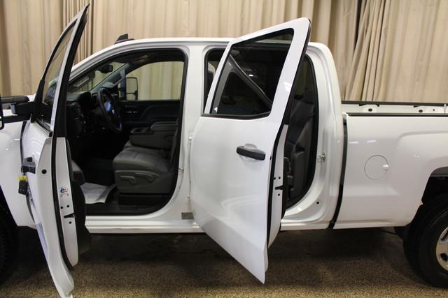 2015 Chevrolet Silverado 2500HD Work Truck Roscoe, Illinois 3