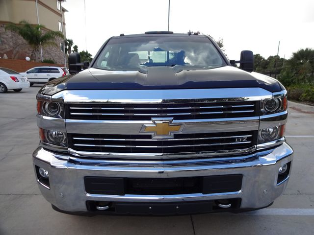 2015 Chevrolet Silverado 3500HD Built After Aug 14 LTZ Corpus Christi, Texas 6