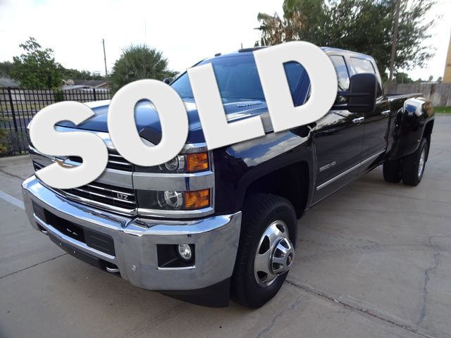 2015 Chevrolet Silverado 3500HD Built After Aug 14 LTZ Corpus Christi, Texas 0