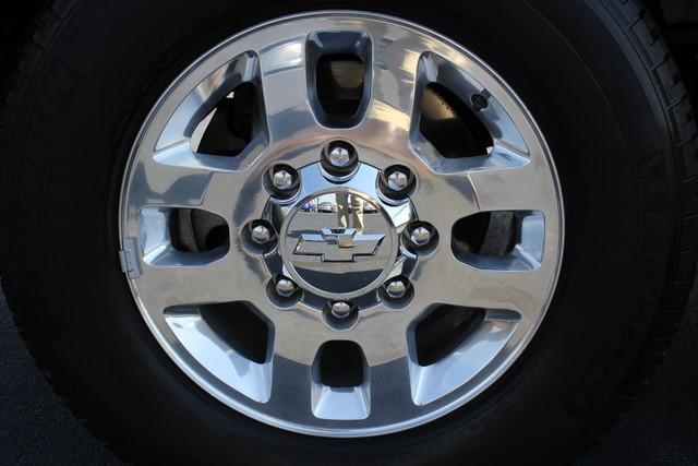 2015 Chevrolet Silverado 3500HD LTZ-4X4-NAV-LOADED!! Mooresville , NC 17