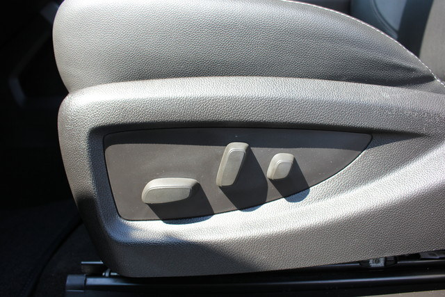 2015 Chevrolet Silverado 3500HD LTZ-4X4-NAV-LOADED!! Mooresville , NC 32