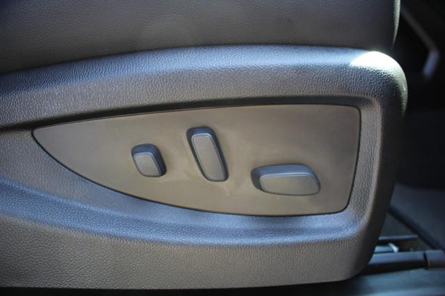 2015 Chevrolet Silverado 3500HD LTZ-4X4-NAV-LOADED!! Mooresville , NC 53