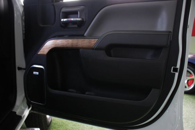 2015 Chevrolet Silverado 3500HD Built After Aug 14 LTZ PLUS Crew Cab Long Bed RWD - NAVIGATION! Mooresville , NC 36