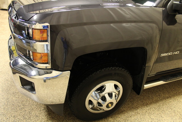 2015 Chevrolet Silverado 3500HD Built After Aug 14 LT Roscoe, Illinois 9
