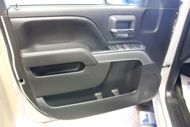 2015 Chevrolet Silverado 3500HD long box LT Roscoe, Illinois 28