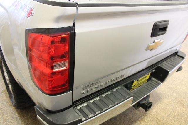 2015 Chevrolet Silverado 3500HD long box LT Roscoe, Illinois 4